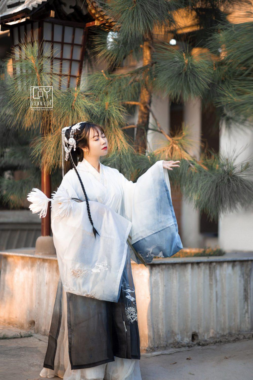 Chụp Ảnh Cổ Trang - Tịch Dương - áo khoác Cửu Vĩ Hồ - Hình 7